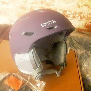 Women's Smith Mirage Violet helmet NWT